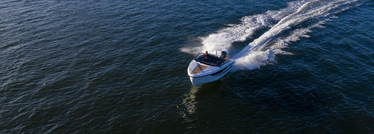 Uudet veneet
